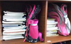 纳思书院孩子的书包不应超过体重的10%